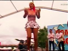 linda hot singer portuguese