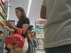 Milf fazendo compras