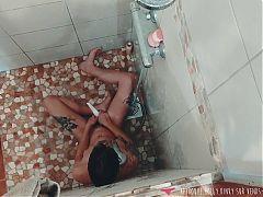 Vends-ta-culotte - Voyeur French Amateur Brunette in Shower