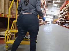 Candid bbw latina booty